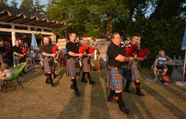 Happy-Pipers in der Badi Schenkon